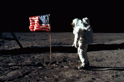The_flight_of_Americans_to_the_moon_is_true_or_a_hoax